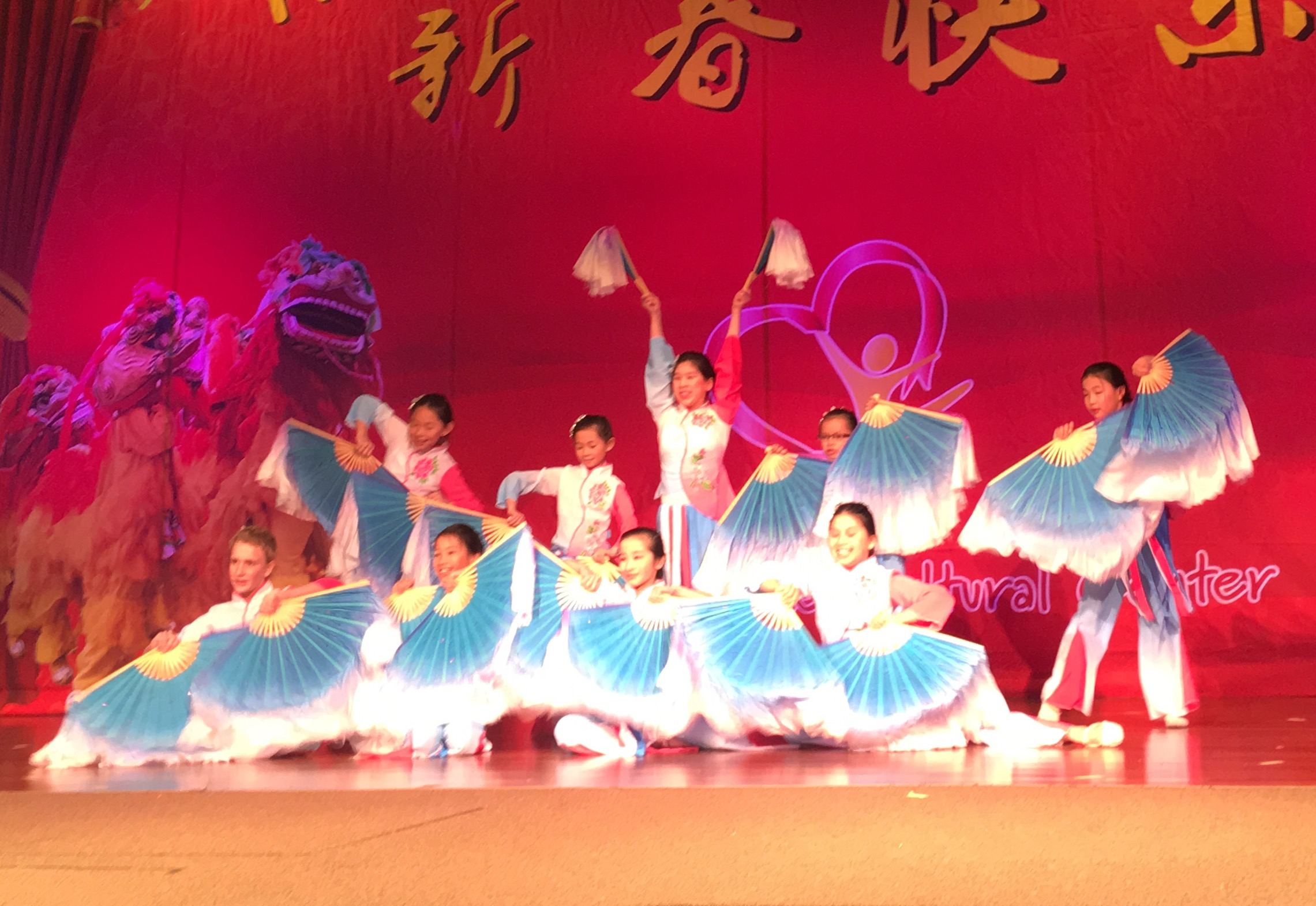 Chinese Level 8 Dance Class Performs Traditional Fan Dance